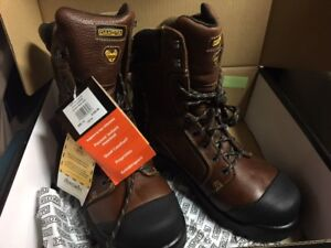 BNIB work boot