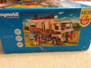 Playmobil Safari - Set 4839 - New In Box Peterborough Peterborough Area image 3