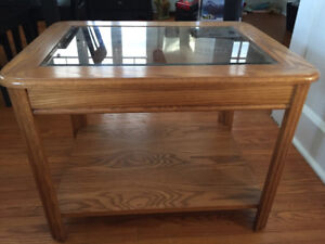 Coffee/end table.
