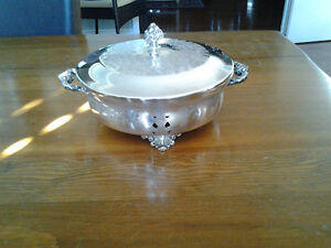 VINTAGE SILVER signed Wm.A.Rogers 1950's(S.P.B.M. 8705)