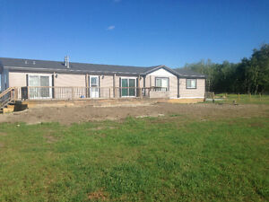 BEAUTIFUL ACREAGE FOR RENT WITH 7 AC FENCED PASTURE