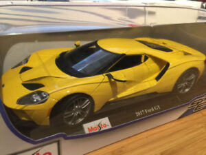 Maisto 1:18 2017 Ford GT new in box