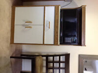 Kenmore microwave and microwave stand