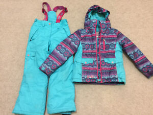 xmtn warm snow suit size 8yo excellent condition $35 gently worn