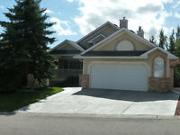 Furnished Calgary house,Evergreen Estates