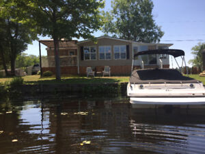 Waterfront Cottage On Trent Severn