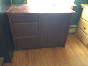 sewing machine table matching storeage bench and notions