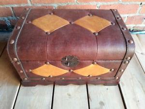 Small storage chest