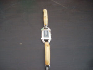 Classic Gucci with bamboo wrist band