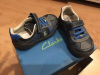 Infant boys clarks trainers 7.5 G width trainers