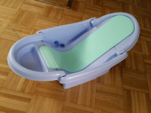 folded baby bath tub