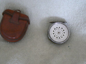 VINTAGE HARDY BROTHERS THE PERFECT FLY FISHING REEL West Island Greater Montréal image 5