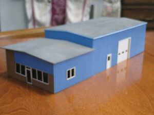HO scale office/warehouse for electric model trains