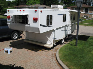Trailmanor 2009 trailer 27/20SL 12,500.00 Canadian