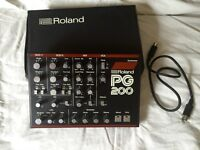 Roland PG200 in original box with lead