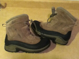 Youth Columbia Bugaboot Winter Boots Size 7