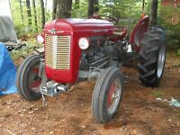 MF 35 Tractor &3 point wood spliter