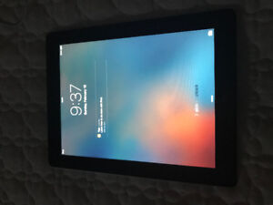 iPad 2 - 16gb comes with case