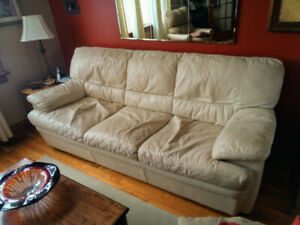 Leather Natuzzi tan COUCH for sale