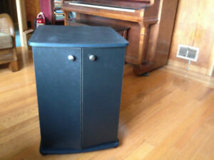 Floor Cabinet - Particle Board - Local delivery possible