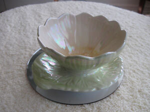 "EXQUISITE VINTAGE ""ROYAL WINTON"" CHINA RELISH DISH"