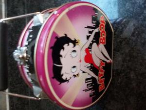 Vintage Betty Boop lunchbox