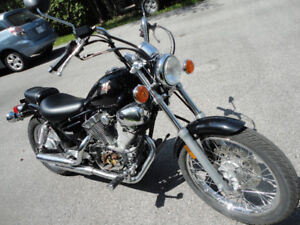 Parting out 2004 Yamaha Virago 250 selling in parts only