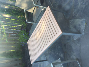 Patio Set - Gluckstein Home