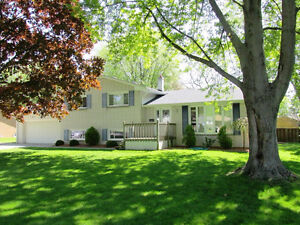 New Price - 1416 Simmers, Kingsville, On