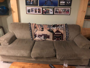 2 couches $100