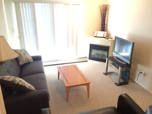 FURNISHED, 3rd Floor, 2BED, 2Bath, Charming, Prime Location