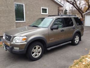 2006 Ford Explorer XLT 4x4 FRESH SAFETY. 7 Pass SUV, Crossover
