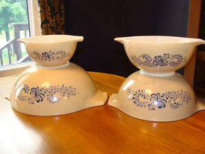 Vintage PYREX FIRE-KING FEDERAL BOWLS - GREAT CONDITION! London Ontario image 9