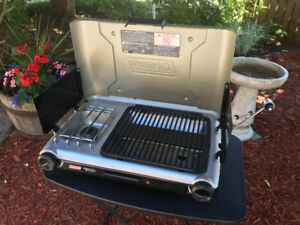 Coleman Electronic Ignition Grill Stove