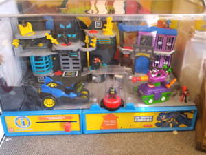 Imaginext Batman Store Display $250 obo lights up talks play set
