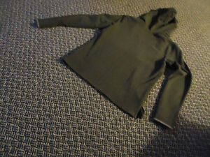 Ladies Size M/M Long Sleeve Thick T-shirt Style Hoodie Kingston Kingston Area image 2