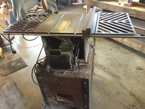 Beaver Rockwell Table Saw- Reduced Price Kingston Kingston Area image 3