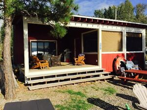 CABIN FOR RENT ON LITTLE SHUSWAP LAKE, BC