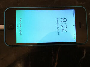 Mint 32GB IPhone 5 - REDUCED TO SELL