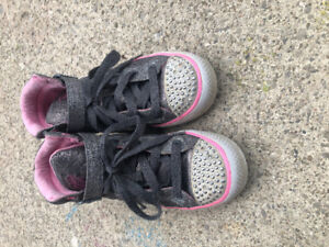 Sketchers Twinkle Toes Size 3