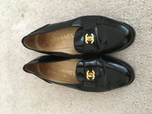 Authentic Chanel flats loafers 37 $250 Gucci prada tods