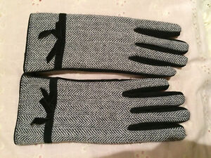 Suzy Shier Winter Gloves for Sale!