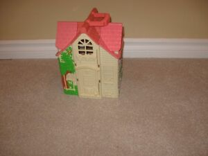 Litte play house Edmonton Area image 3