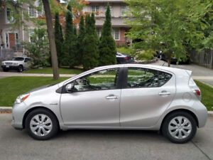 2013 Toyota Prius-C - for sale by owner