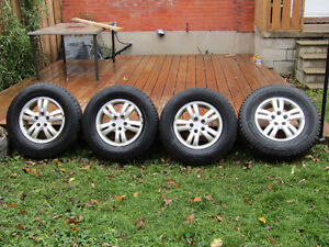 P235 70R 16  SNOWS ON ALLOYS / SEE THEM HERE