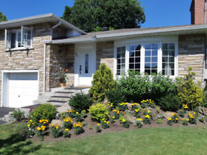STUNNING & BRIGHT, BEAUTIFUL 3 Bedroom Home - POINTE CLAIRE, QC