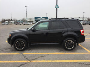 2010 Ford Escape XLT SUV - WARRANTY