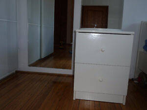 2 drawer chest West Island Greater Montréal image 1
