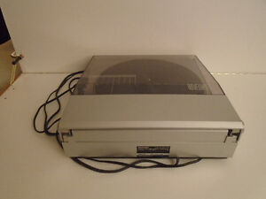 SHARP LINEAR TRACKING TURNTABLE (RECORD PLAYER ) Cambridge Kitchener Area image 5