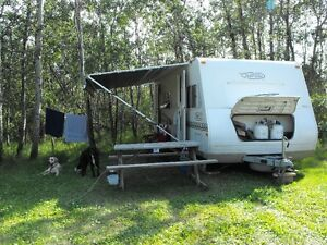 24 foot(27 with hitch)  8000 series trail-light travel trailer